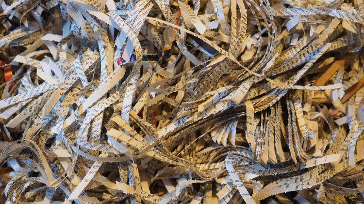 5 powodów, dla których warto zniszczyć dokumenty w Green Recycling