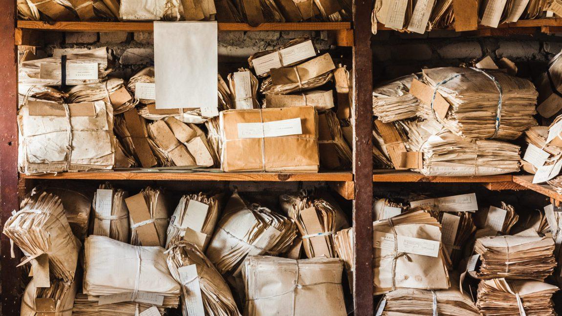 Dlaczego warto zadbać o recykling makulatury w Green Recycling